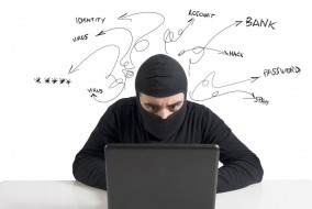 201404Fraud-Protection-Playing-Offense-Defense-Cyber-Criminals-Strategy.jpg